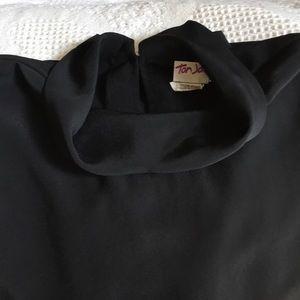 Black blouse - cap sleeves